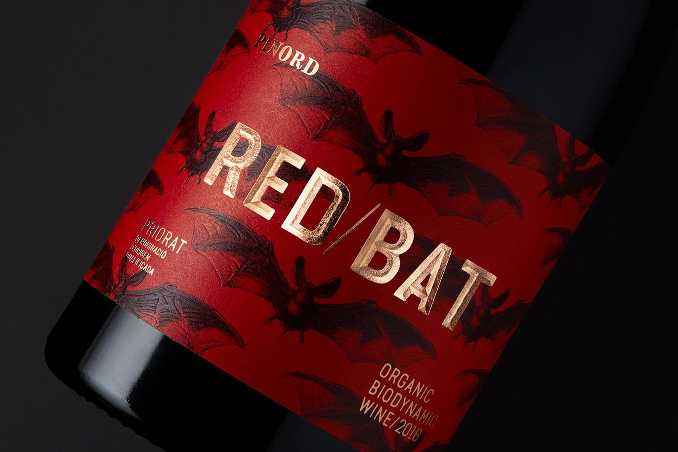 Pinord Red Bat red wine label design branding naming fast moving consumer goods FMCG packaging graphic design Vibranding