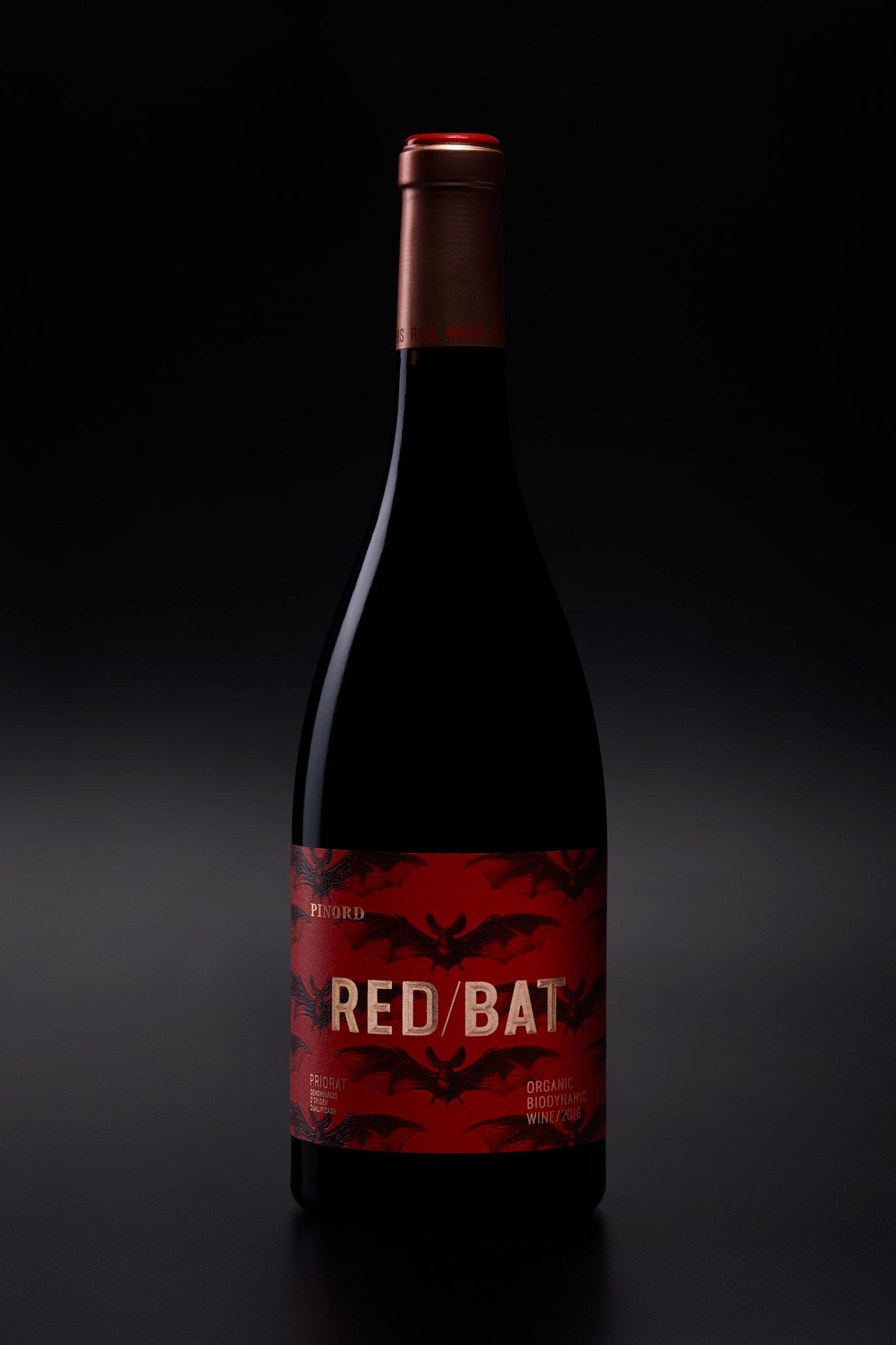 Pinord Red Bat vi disseny d'etiqueta branding naming gran consum packaging disseny gràfic Vibranding