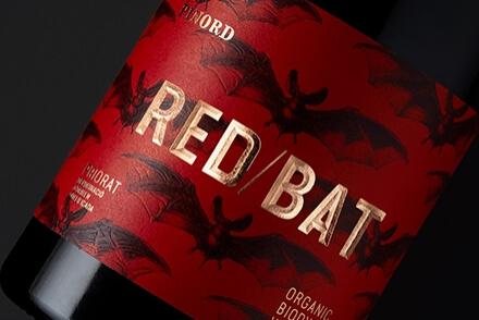 Pinord Red Bat packaging diseño de etiquetas gran consumo Vibranding