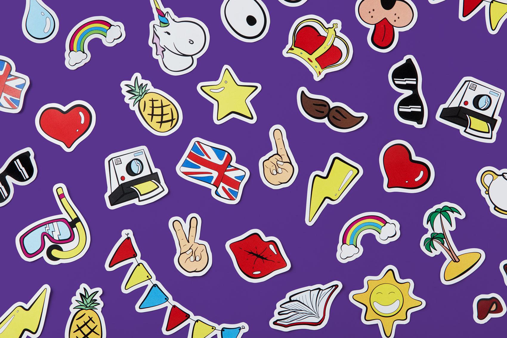 Branding Cambridge School Comunicación gráfica ilustración diseño stickers etiquetas Vibranding
