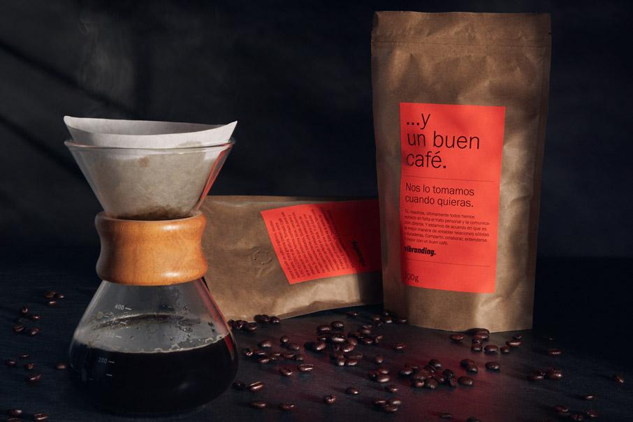 Un Buen Café packaging branding obsequio comercial coronavirus diseño gráfico comunicación bodegón fotografía vibranding